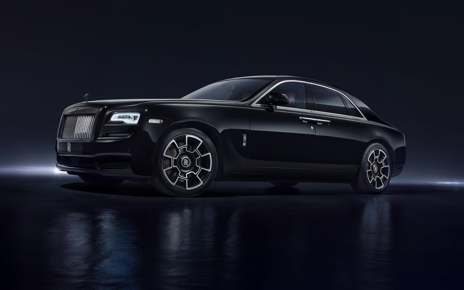 <p>Rolls-Royce Ghost Black Badge</p>