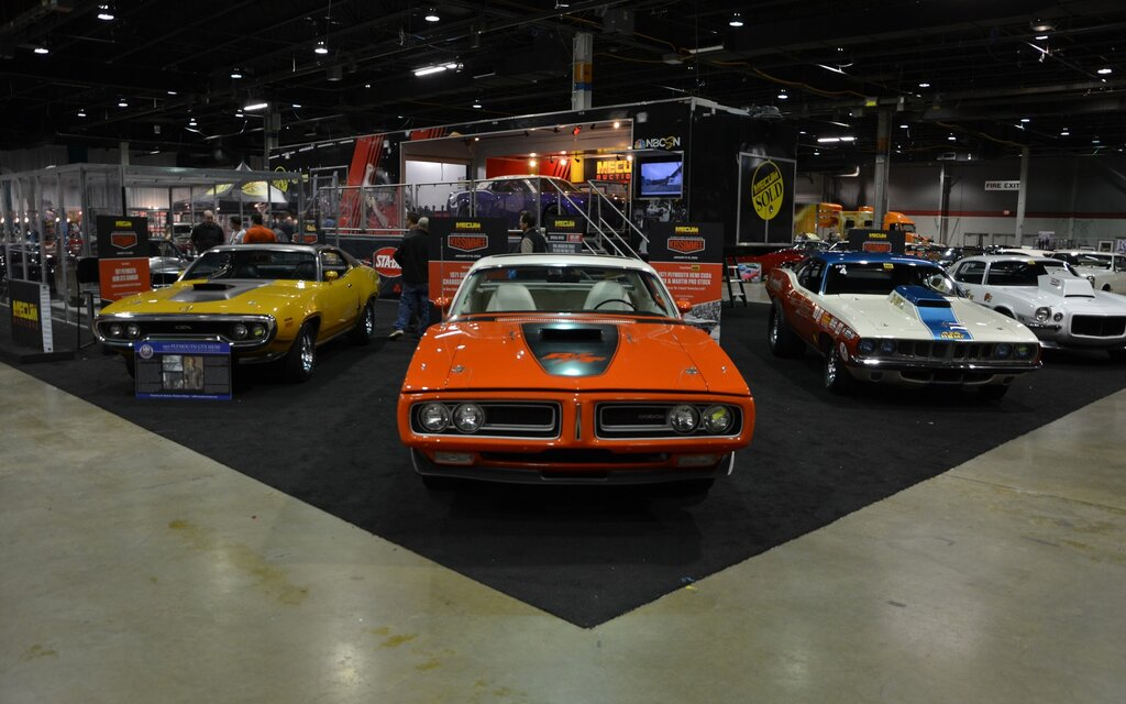The Muscle Car and Corvette Nationals took place in Chicago on November 23-24 with nearly 500 exceptional cars on hand. This year's edition focused on Ford models including a classic GT40 as seen in the Ford v Ferrari movie, a Mustang GT driven by Steve McQueen in Bullitt as well as a ton of Cobra and Boss models. Meanwhile, Dodge and Plymouth celebrated the 50th anniversary of the legendary Charger Daytona and A12. An incredible selection of barn finds attracted a lot of visitors, too. Some of them might even come back in a few years in a completely restored state. Enjoy our photo gallery of the event!