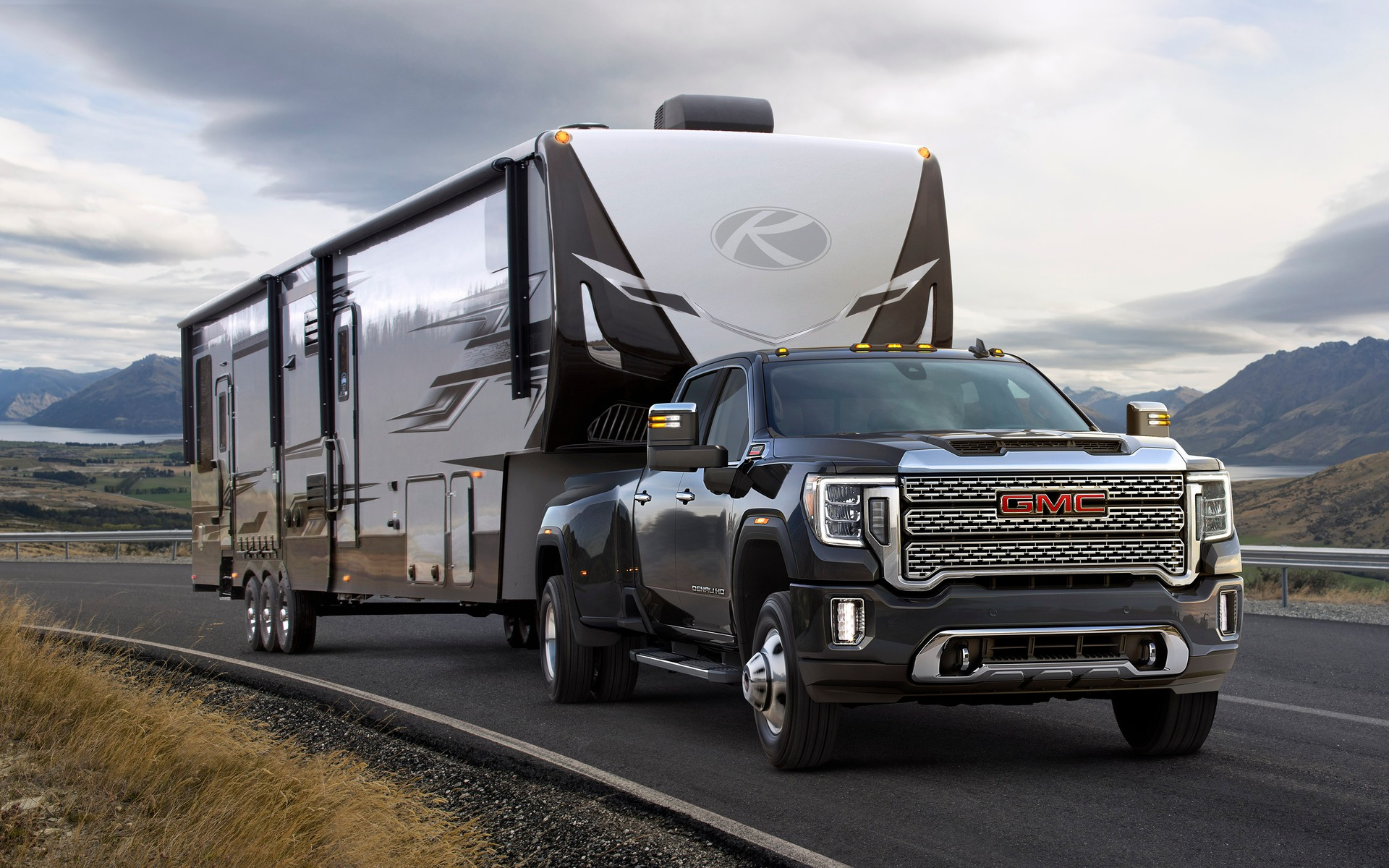 GM Wants to Apply eBoost Braking to Trailers, RVs - The Car GuideGuide Auto