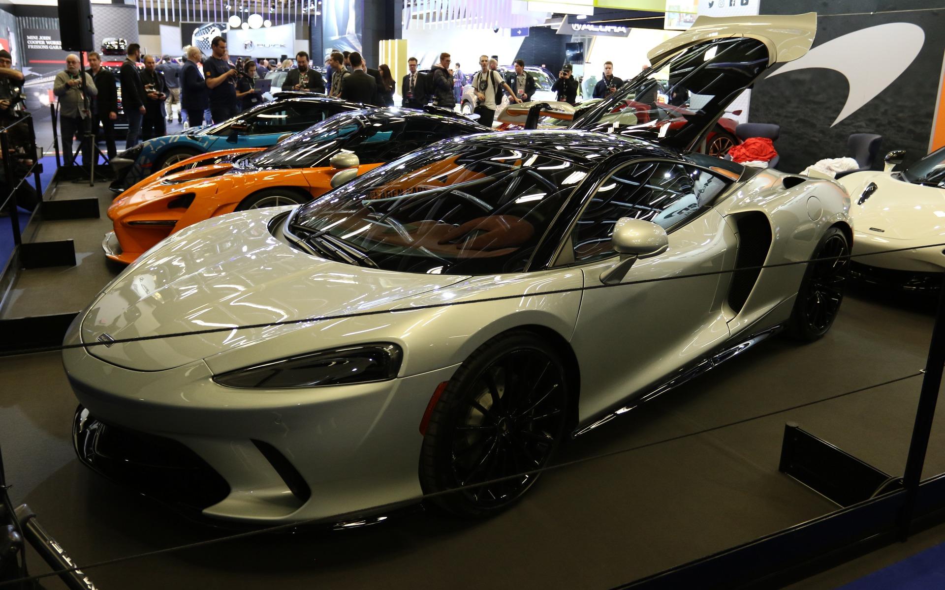 <p>McLaren GT</p>