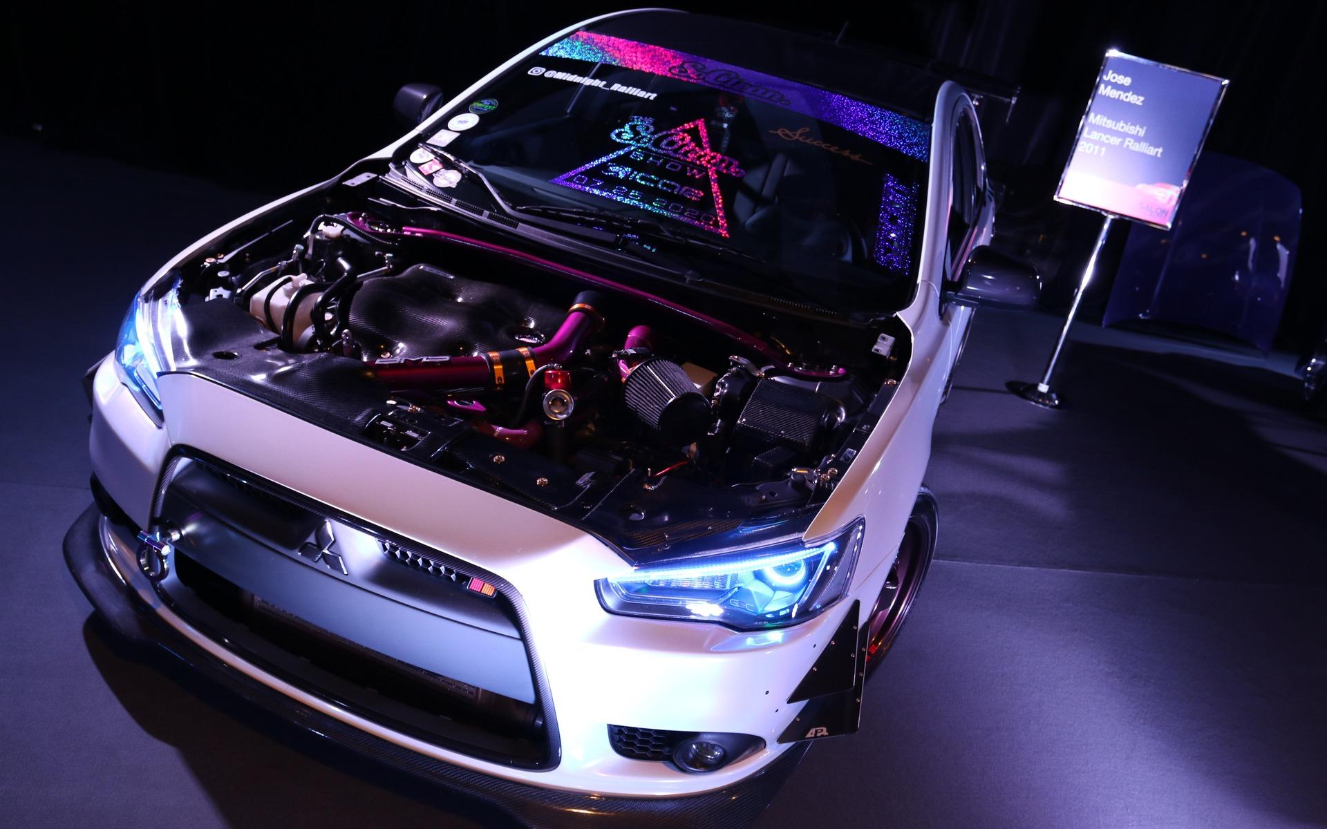 <p>2011 Mitsubishi lancer Ralliart </p>