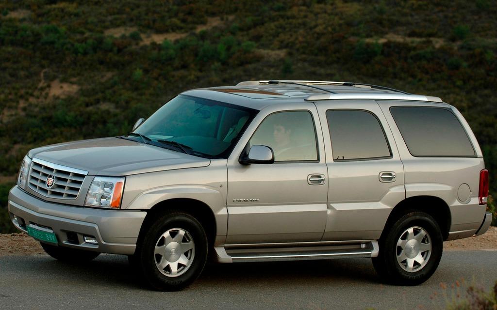 <p>2002 Cadillac Escalade</p>