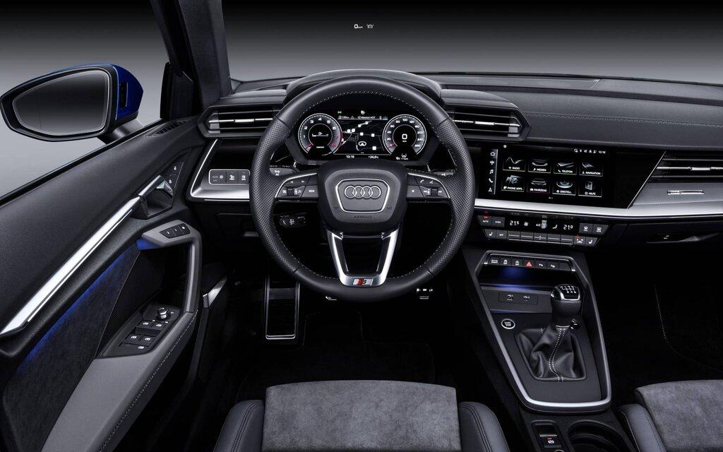 Lla fiabilité de l'Audi A3 rime avec qualité de fabrication. La qualité de fabrication n'est plus à démontrer : Audi a mis une grande partie de son savoir-faire dans sa compacte. Les matériaux sont de belle facture , et les assemblages sont précis comme à l'accoutumé. C'est simple, net et sans bavure mais du bel ouvrage. Delivauto apprécie le savoir-faire Audi en terme de qualité et rend l'Audi A3 très confortable, audacieuse, technologique avec le Virtual Cockpit et ce n'est pas pour nous déplaire. Vendez votre Audi A3 d'occasion avec ou sans CT, en panne, moteur cassé ou accidentée. Nous sommes preneur ! Délivrez-vous Delivauto spécialiste de la reprise Audi depuis plus de 10 ans ! Plus besoin de passer le contrôle technique de votre Audi A3 faites appel à Delivauto et éviter les frais de remise en état et les mauvaises surprises liés à la casse moteur par exemple.
