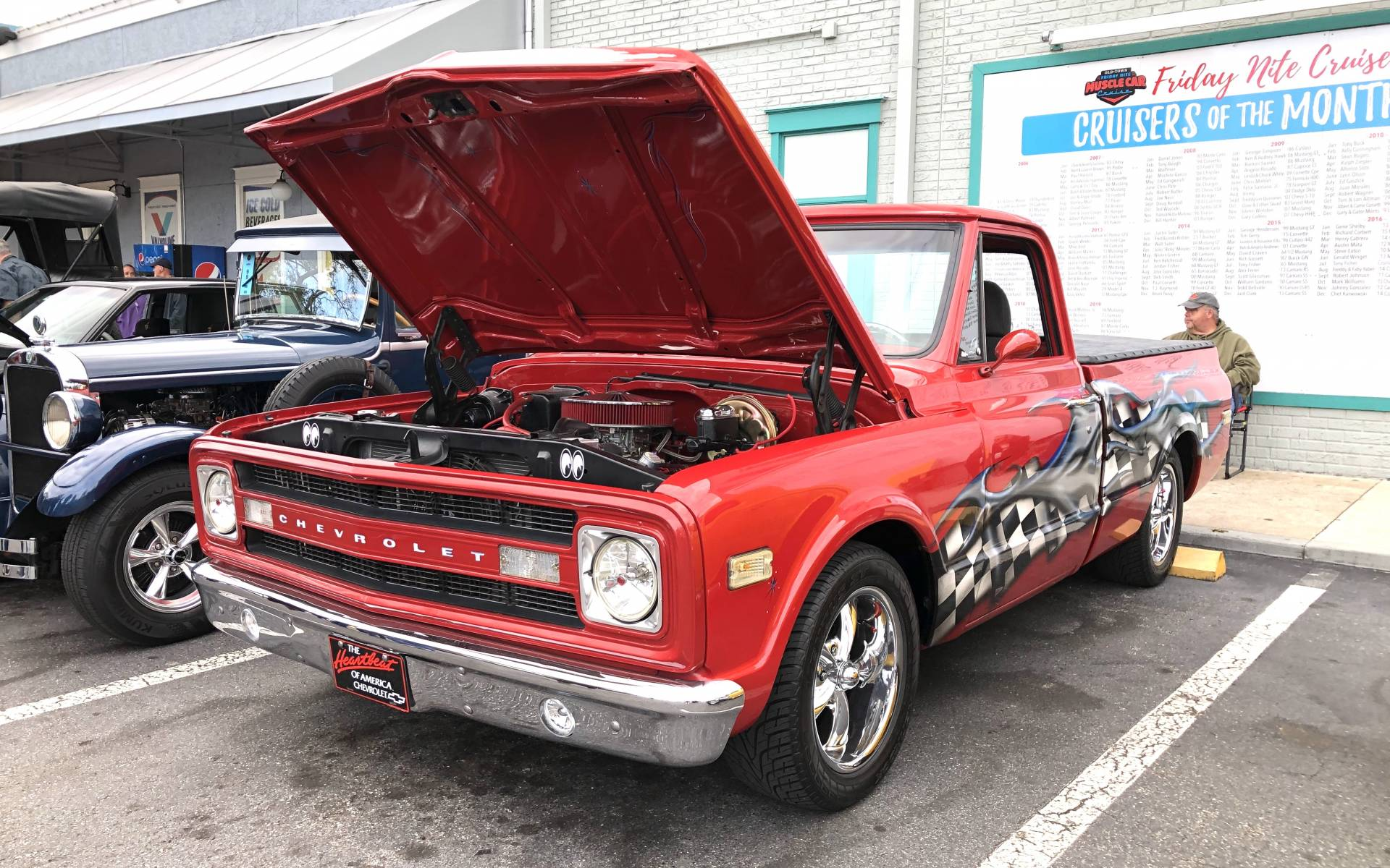 <p><strong>Chevrolet C-10</strong></p>
