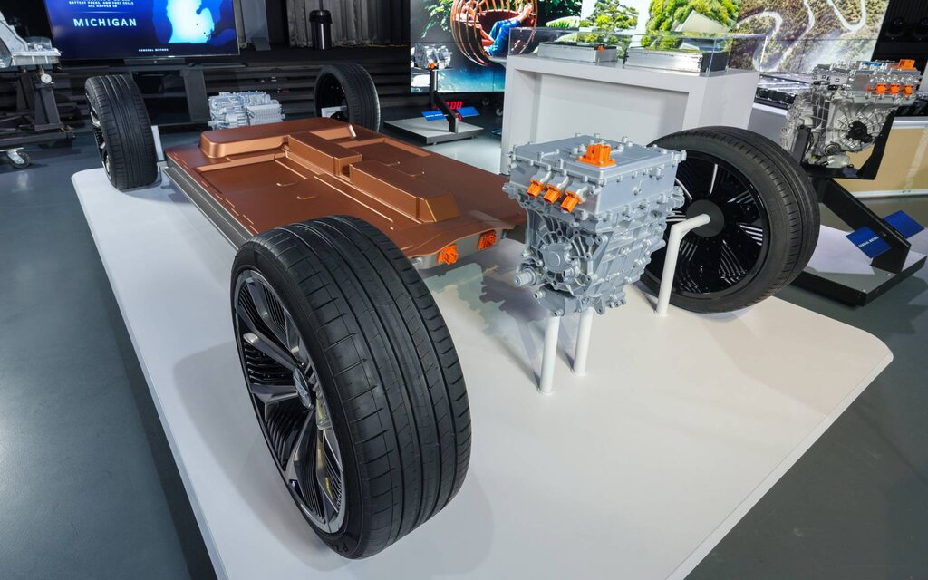 GM dévoile une batterie ultra puissante pour concurrencer Tesla