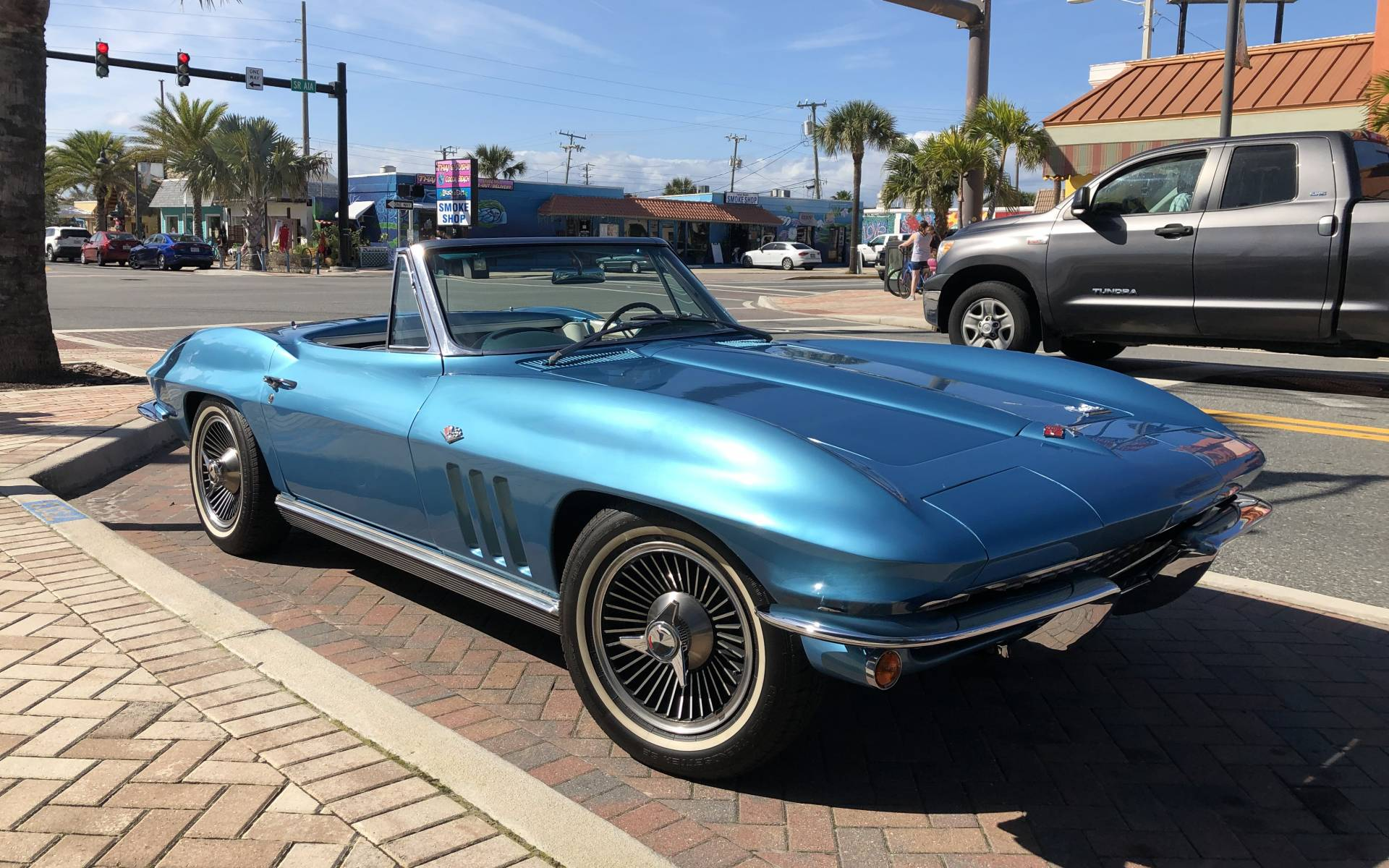 <p><strong>Chevrolet Corvette Sting Ray</strong></p>