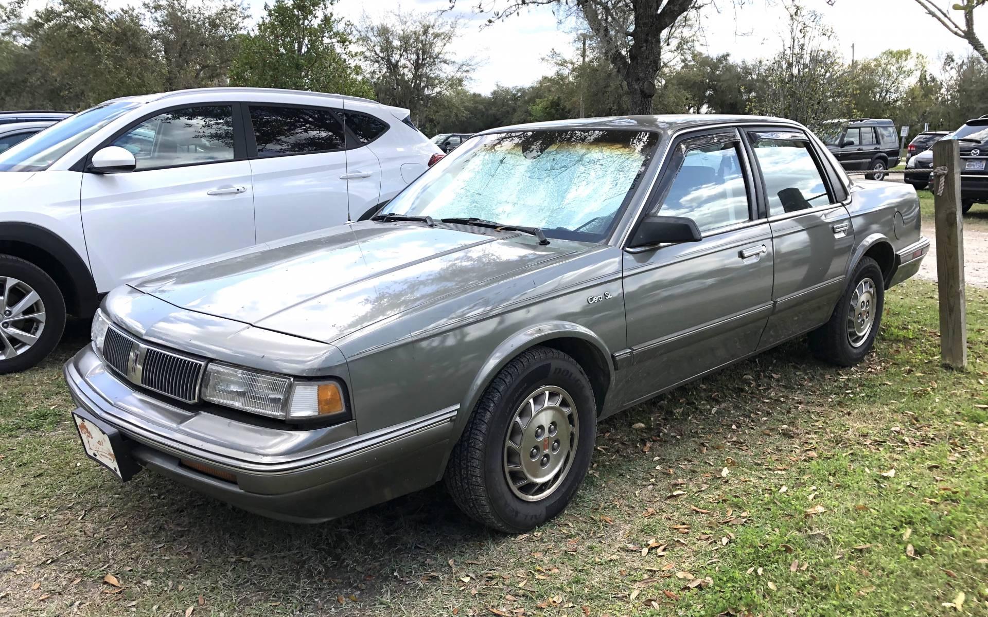 <p><strong>Oldsmobile Cutlass Ciera SL</strong></p>