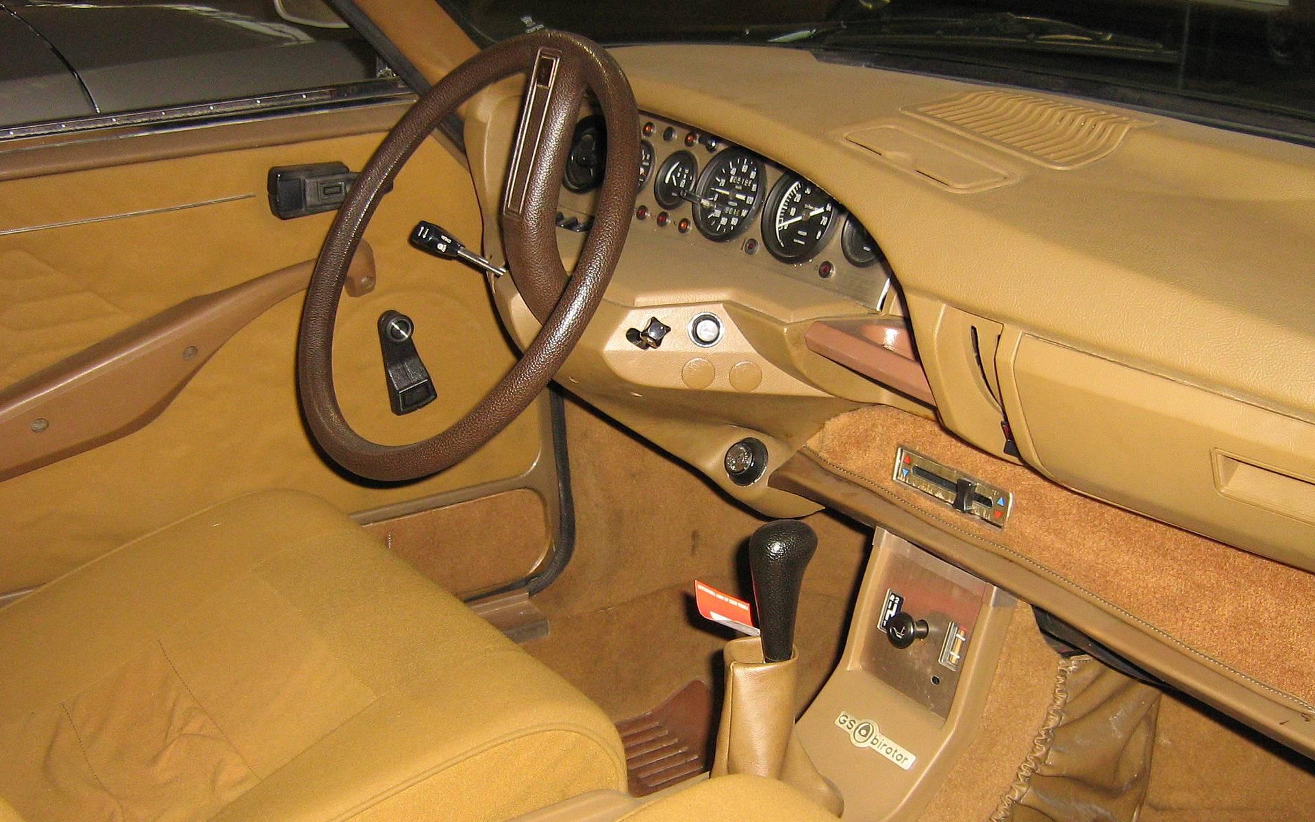 Citroën M35 et GS Birotor : il n'y a pas que Mazda qui a vendu du rotatif! 419272-citroen-m35-et-gs-birotor-il-n-y-a-pas-que-mazda-qui-a-vendu-du-rotatif