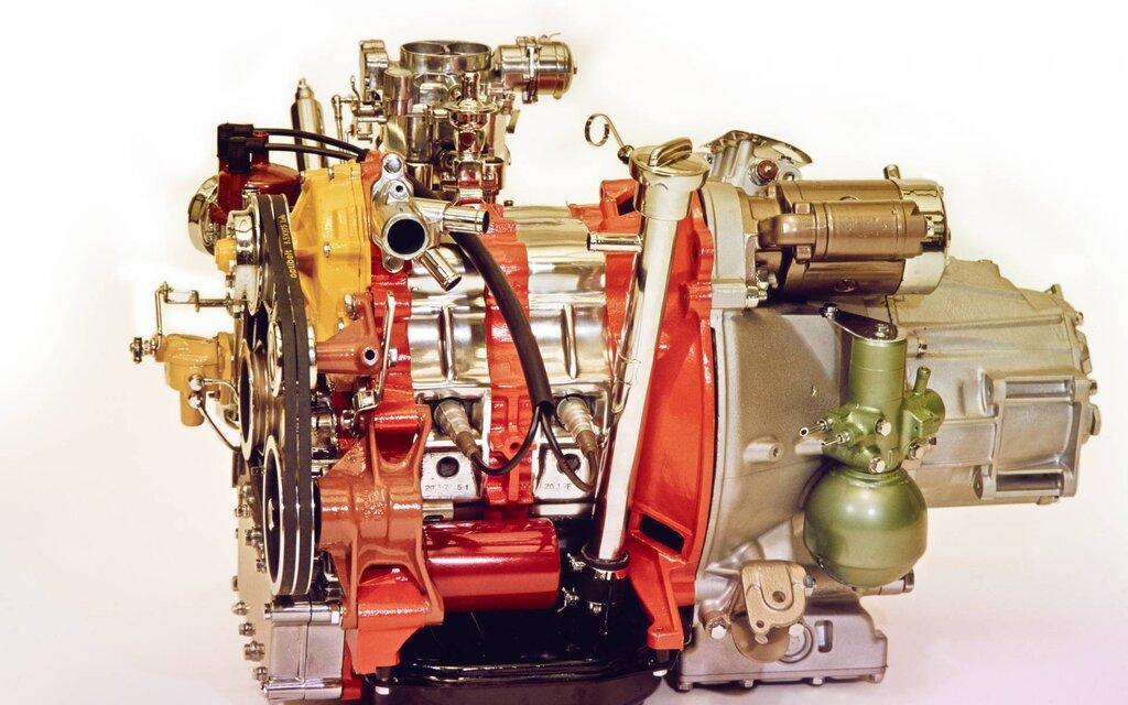Citroën M35 et GS Birotor : il n'y a pas que Mazda qui a vendu du rotatif! 419276-citroen-m35-et-gs-birotor-il-n-y-a-pas-que-mazda-qui-a-vendu-du-rotatif