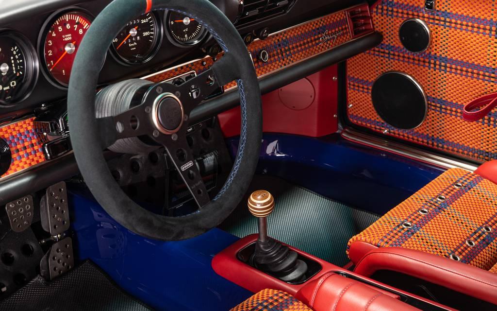 Une très rare Porsche Singer est à vendre à Montréal 421606-une-tres-rare-porsche-singer-est-a-vendre-a-montreal