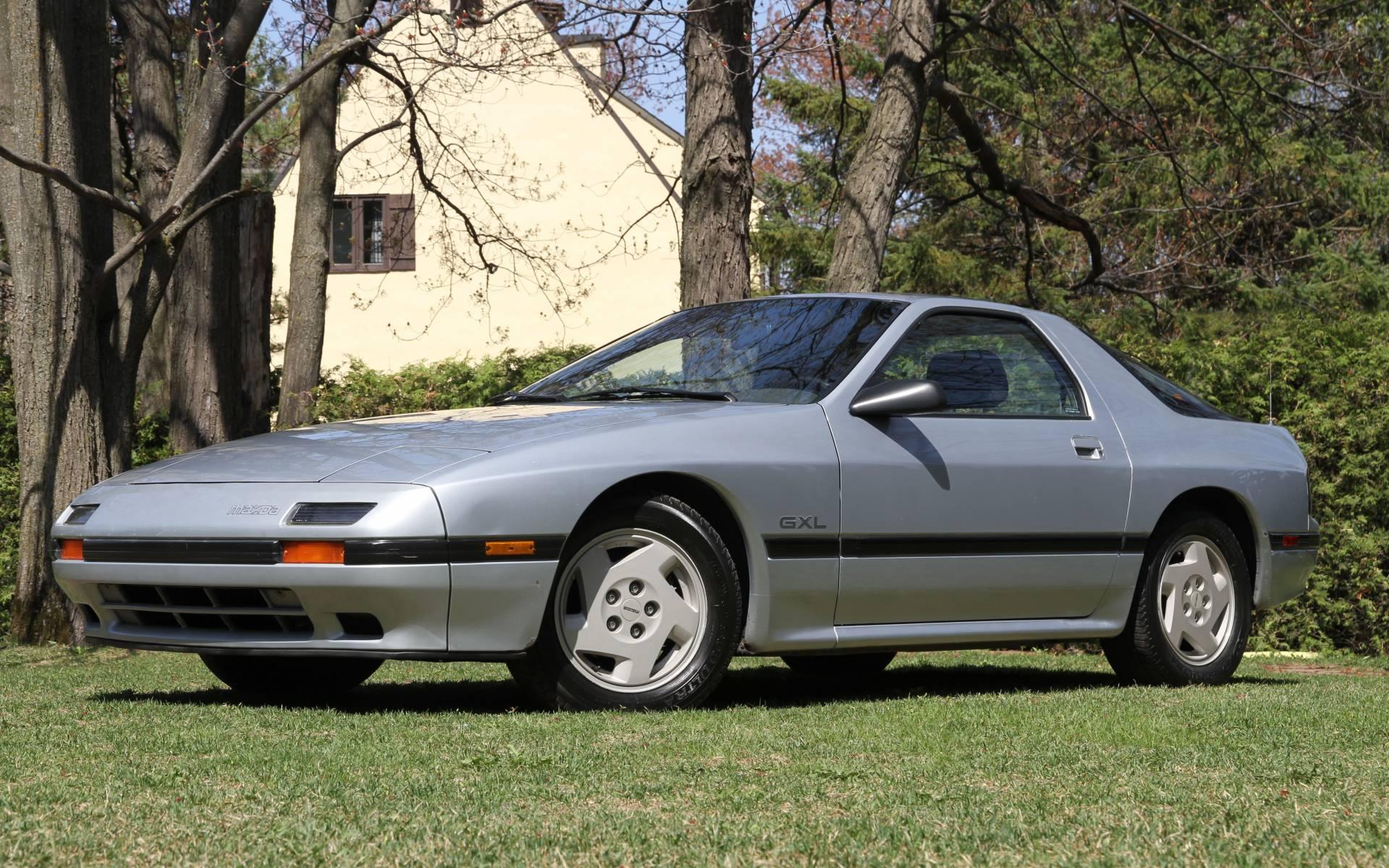 <p>Mazda RX-7 GXL 1986</p>