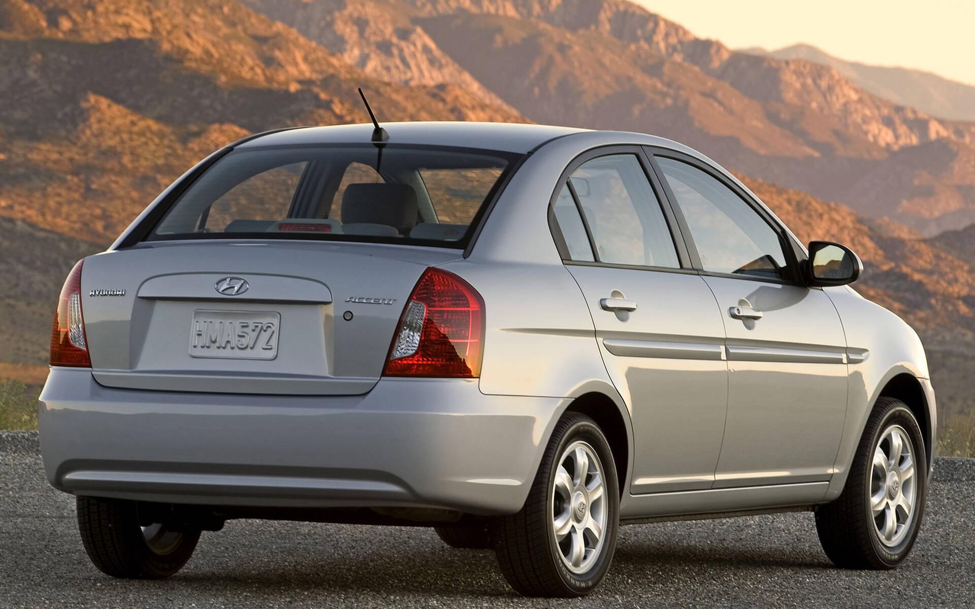 <p>Hyundai Accent de troisième génération.</p>