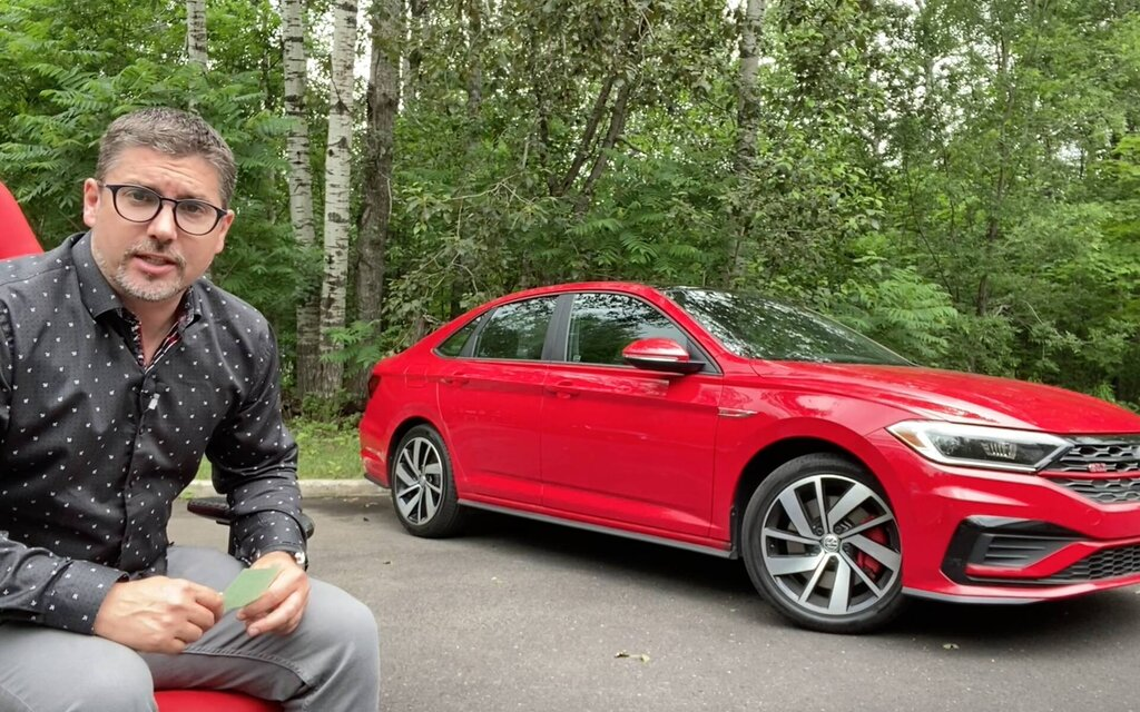 How much does… the 2020 Volkswagen Jetta GLI cost?