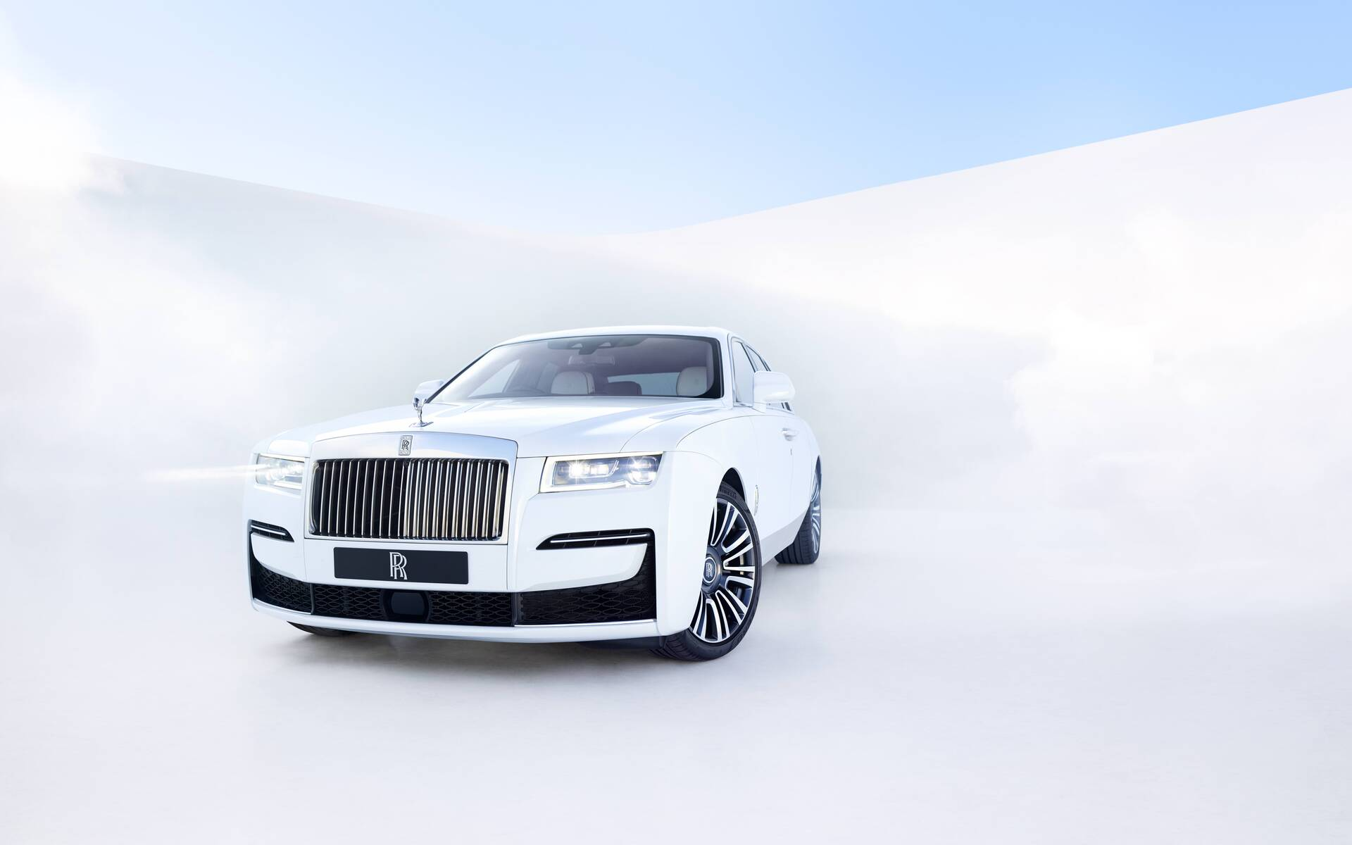 Behold The New 2021 Rolls Royce Ghost The Car Guide