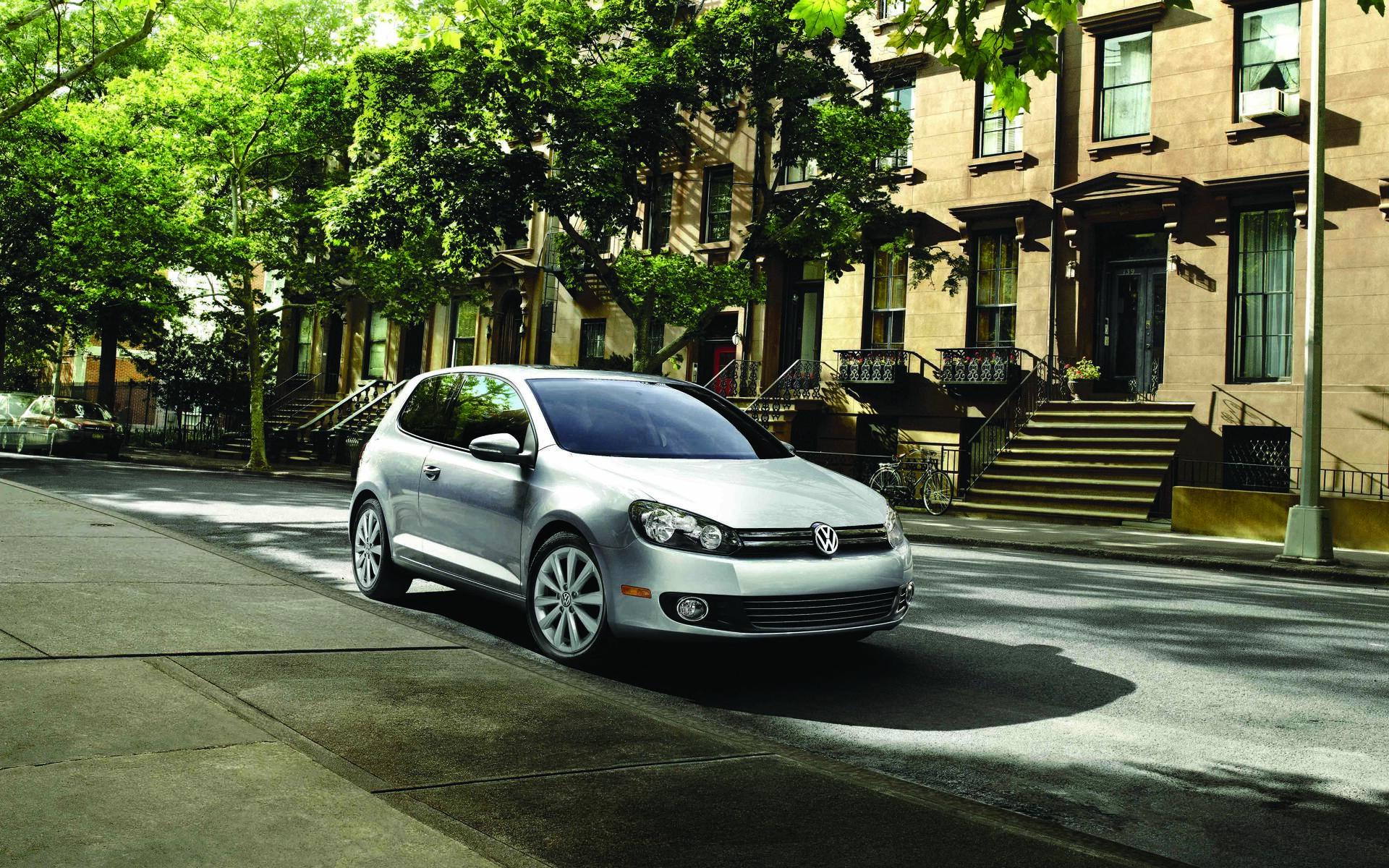 <p>Volkswagen Golf 2012</p>