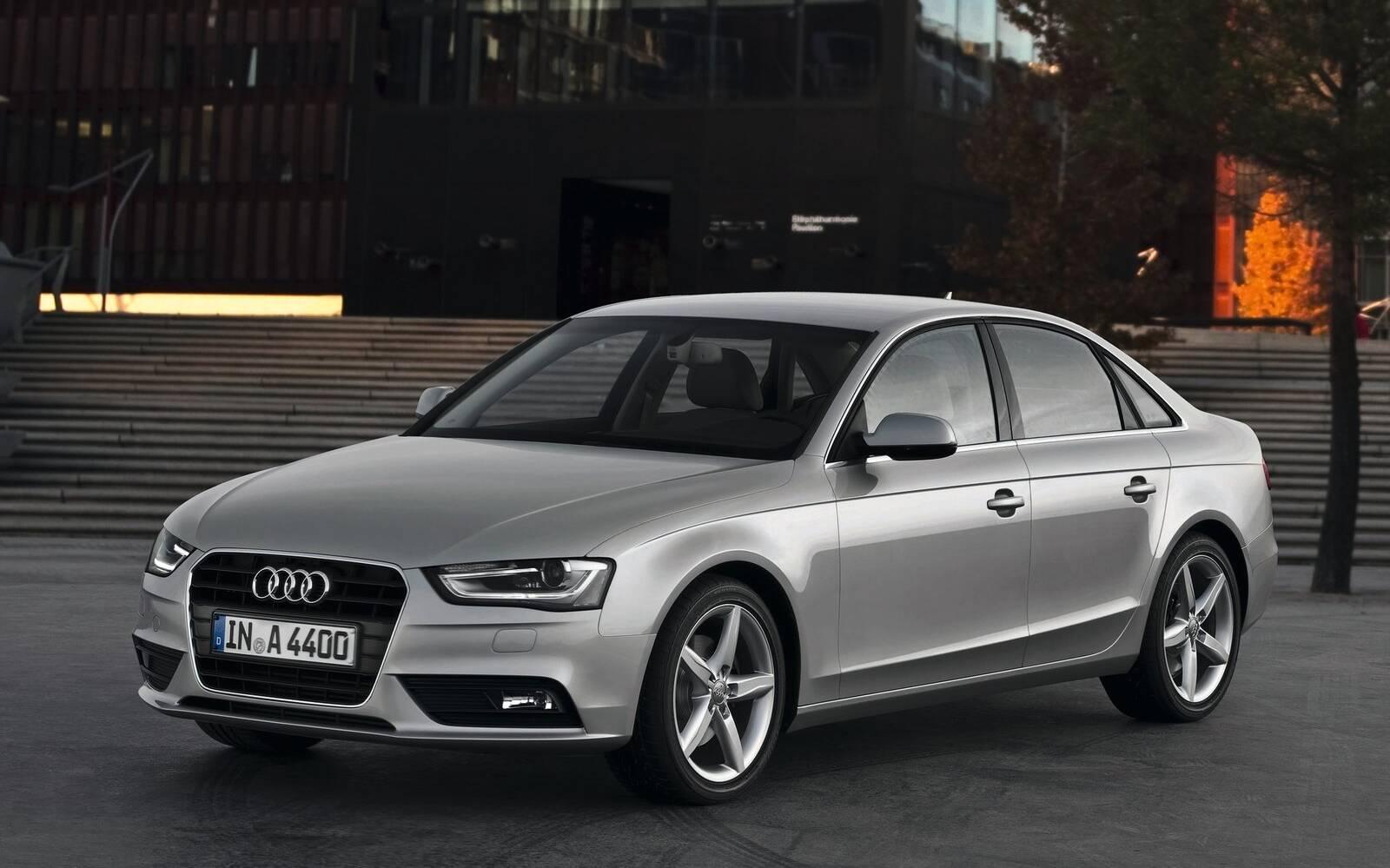 <p>Audi A4 2013</p>