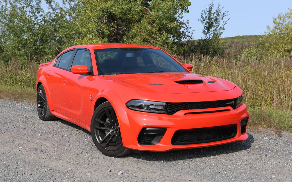 2020 Dodge Charger Hellcat Widebody: a real fury