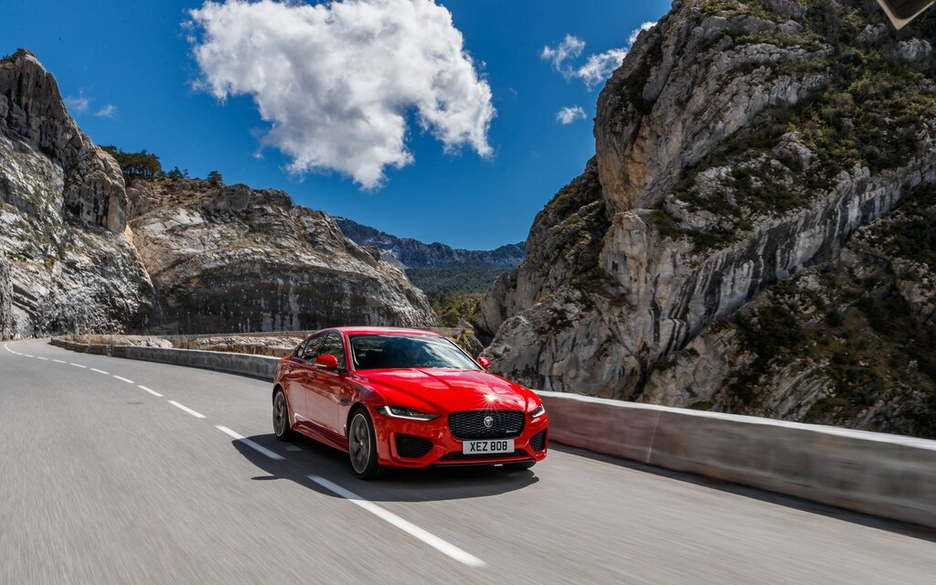 jaguar xe is being quietly eliminated for 2021  the car guide