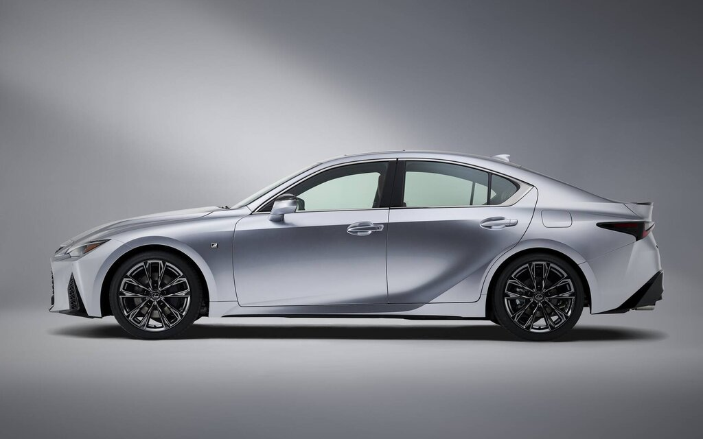 445358 lexus is 2021 un design conservateur mais evolutif
