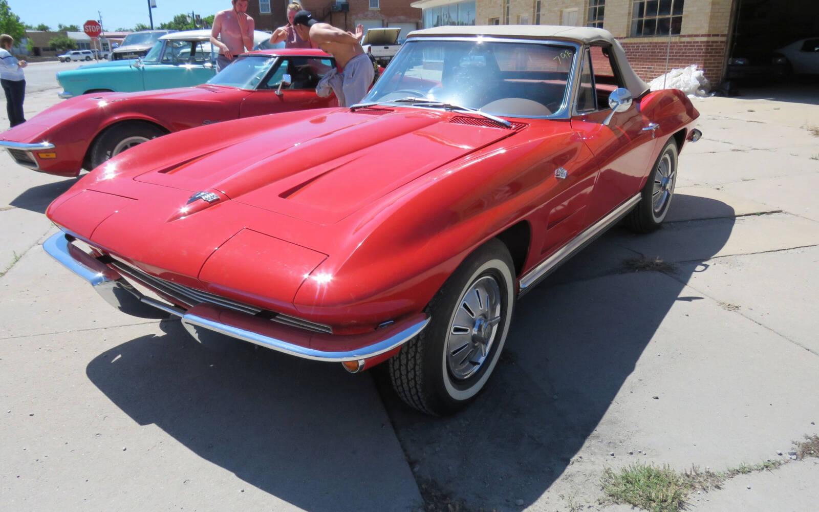 <p>Chevrolet Corvette Stingray décapotable 1964</p>