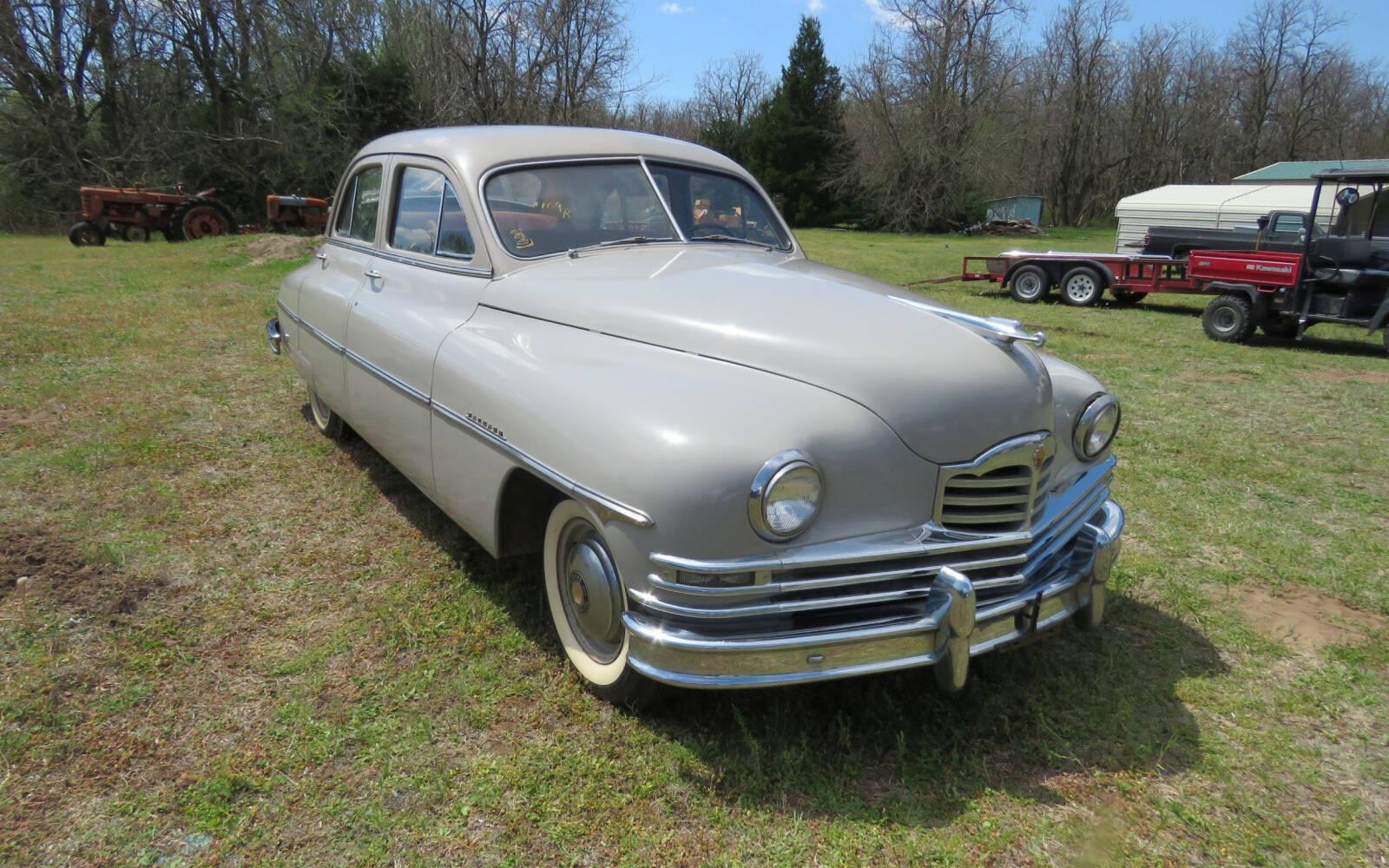 <p>Packard Deluxe 1950</p>