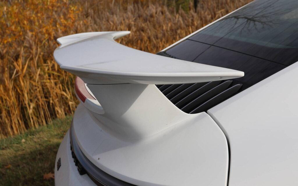 447634 porsche 911 carrera s 2020 avec trop pedales c est encore