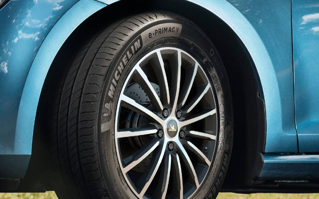 Michelin e.PRIMACY: the world's first carbon neutral tire