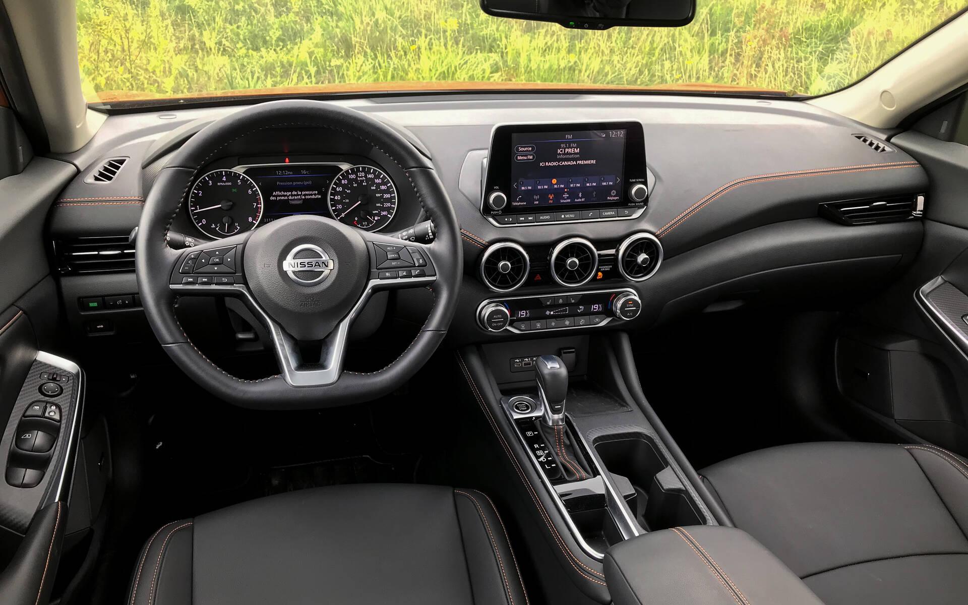 <p>Nissan Sentra SR Prime 2020</p>