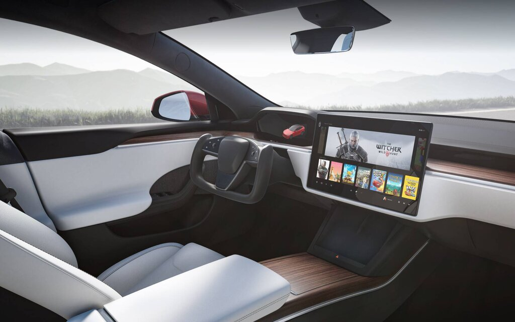 Tesla Unveils Refreshed Model S With Futuristic Interior ...