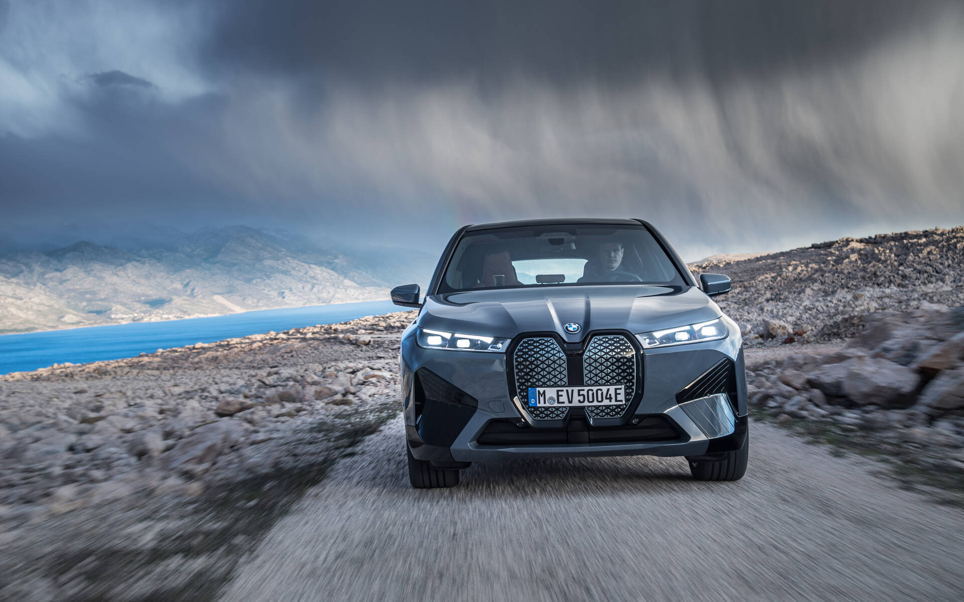 <p>BMW iX xDrive50 2022</p>