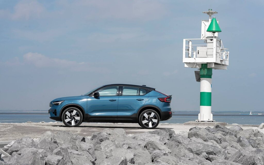 Volvo C40 Recharge 2022: behind the wheel of Volvo's new electric SUV