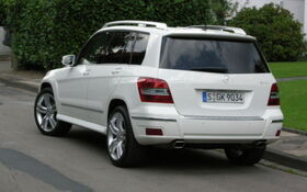 2009 Mercedes Benz Glk Class Glk350 4matic Specifications The Car