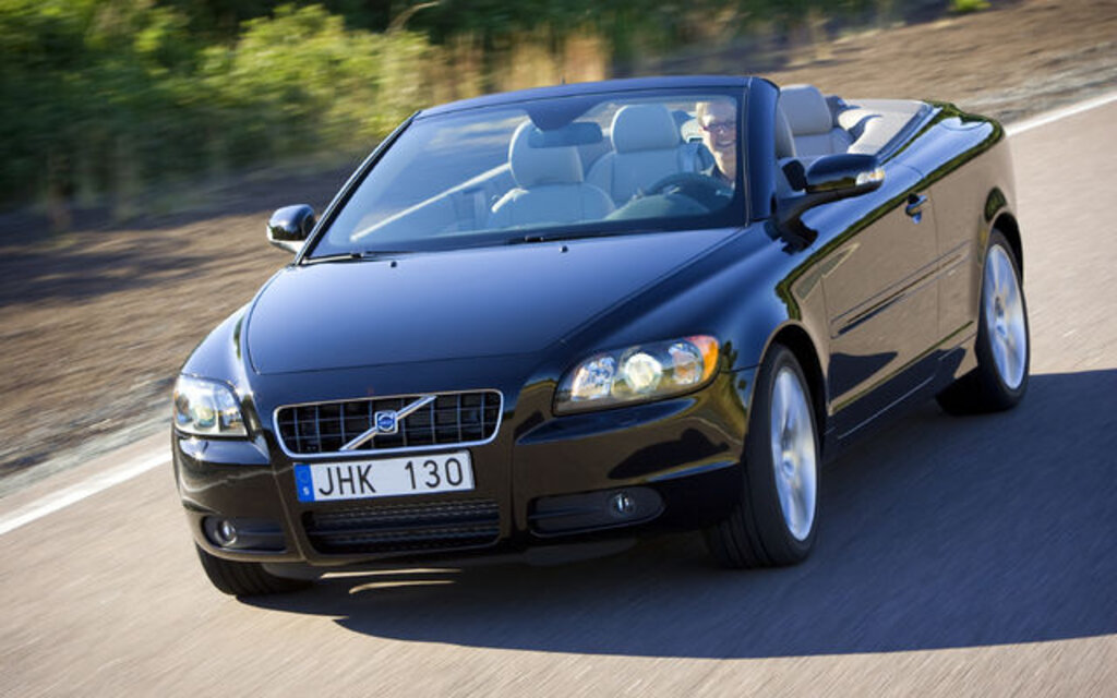volvo image rear quarter convertible reviews the cabriolet of carbuyer review