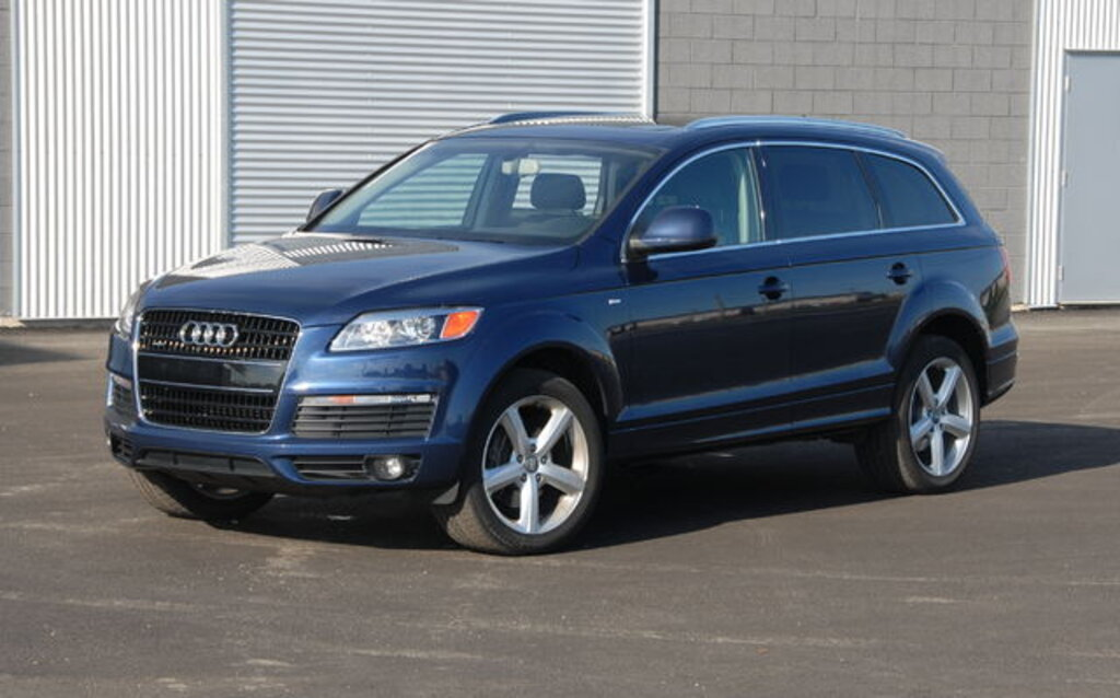 2009 audi q7 news reviews picture galleries and videos the car guide. Black Bedroom Furniture Sets. Home Design Ideas