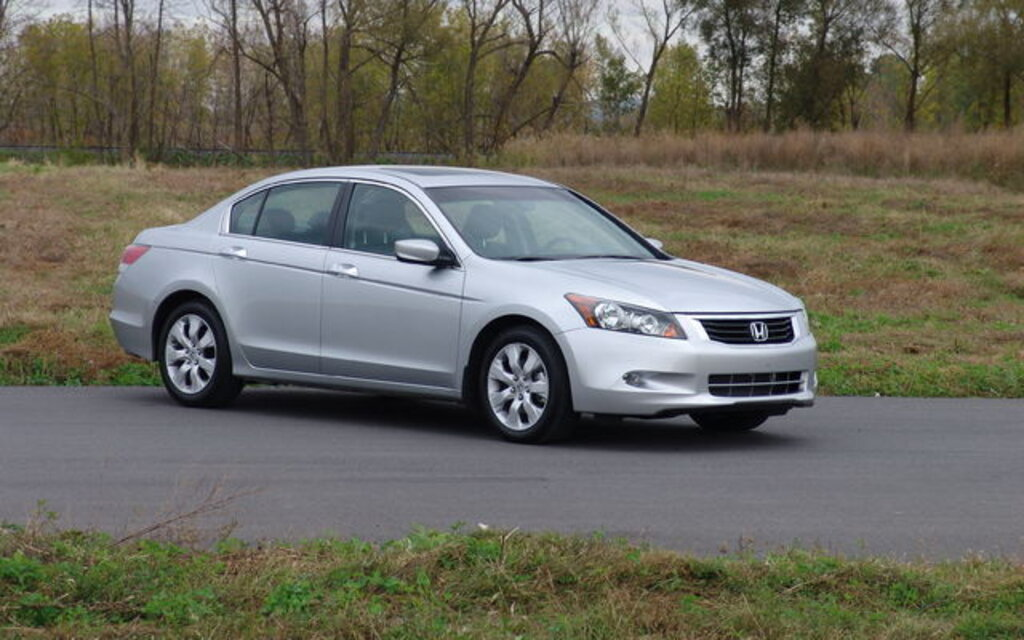 Exceptional Honda Accord. All Photos