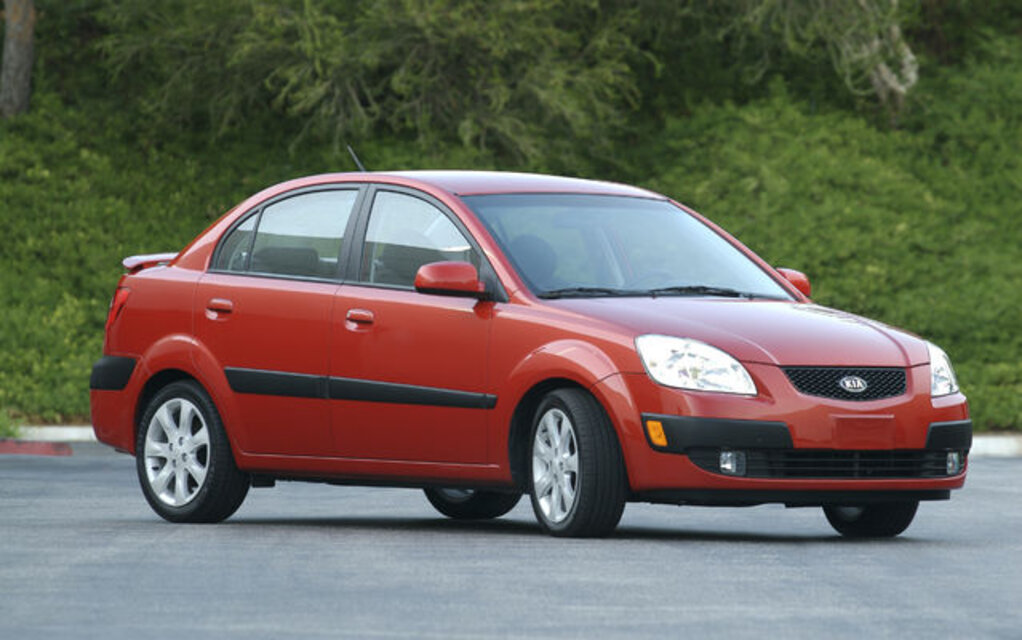 2009 kia rio rio5 news reviews picture galleries and videos the car guide. Black Bedroom Furniture Sets. Home Design Ideas
