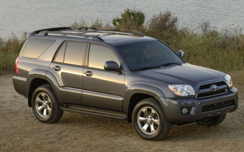 2009 toyota 4runner news reviews picture galleries and videos the car guide. Black Bedroom Furniture Sets. Home Design Ideas