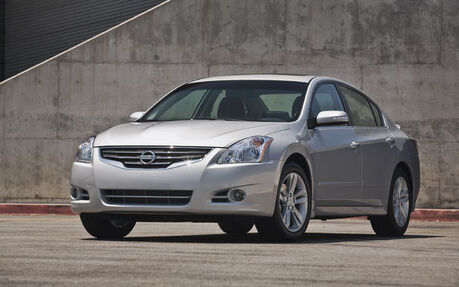 2010 Nissan Altima 2.5 S Sedan   Price, Engine, Full Technical  Specifications   The Car Guide / Motoring TV