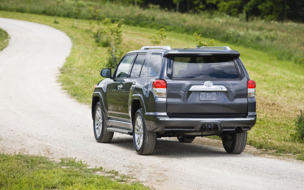 2010 toyota 4runner sr5 v6 specifications the car guide. Black Bedroom Furniture Sets. Home Design Ideas