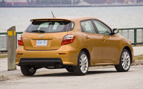 2010 toyota matrix base specifications the car guide. Black Bedroom Furniture Sets. Home Design Ideas