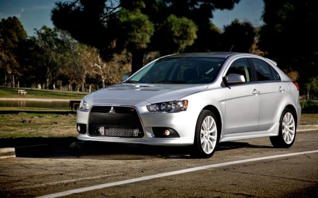 Mitsubishi Lancer. All Photos