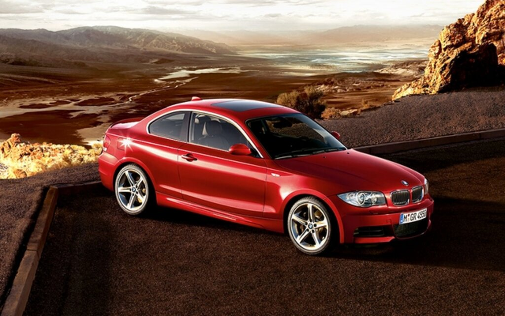 2011 bmw 1 series news reviews picture galleries and videos the car guide. Black Bedroom Furniture Sets. Home Design Ideas