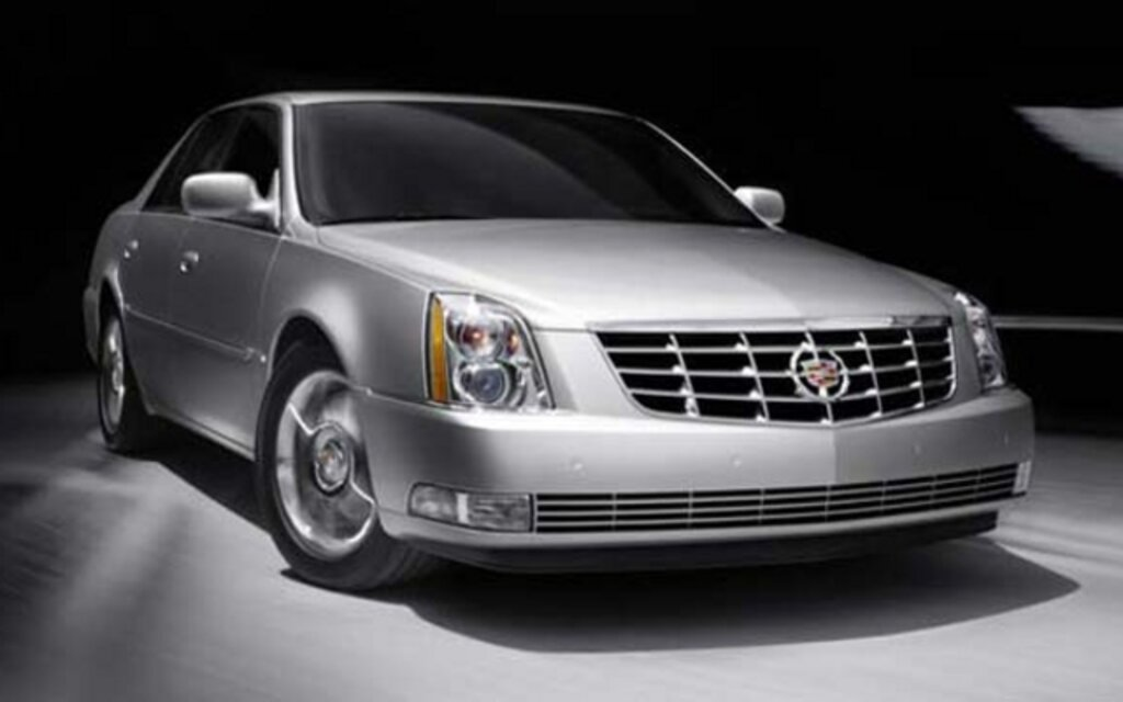 2011 cadillac dts news reviews picture galleries and. Black Bedroom Furniture Sets. Home Design Ideas