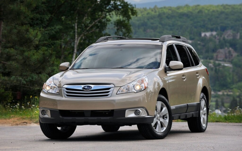 sp cifications subaru outback commodit 2011 guide auto. Black Bedroom Furniture Sets. Home Design Ideas