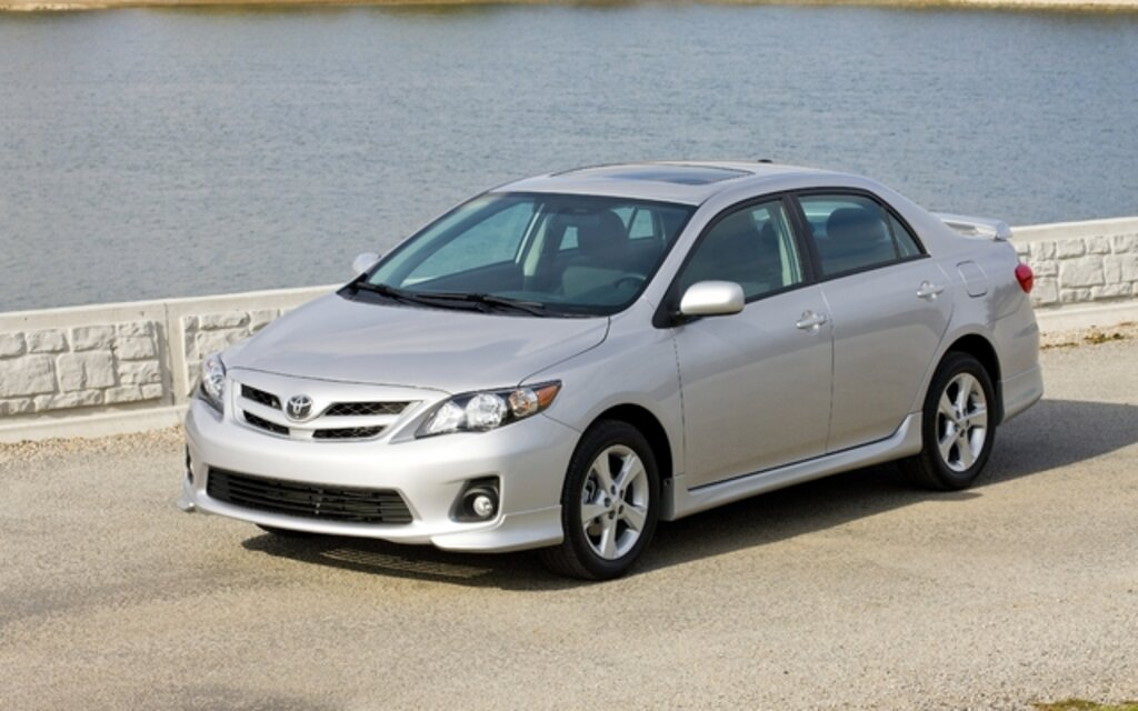 2011 toyota corolla news reviews picture galleries and videos rh guideautoweb com 2000 Toyota Corolla Toyota Camry