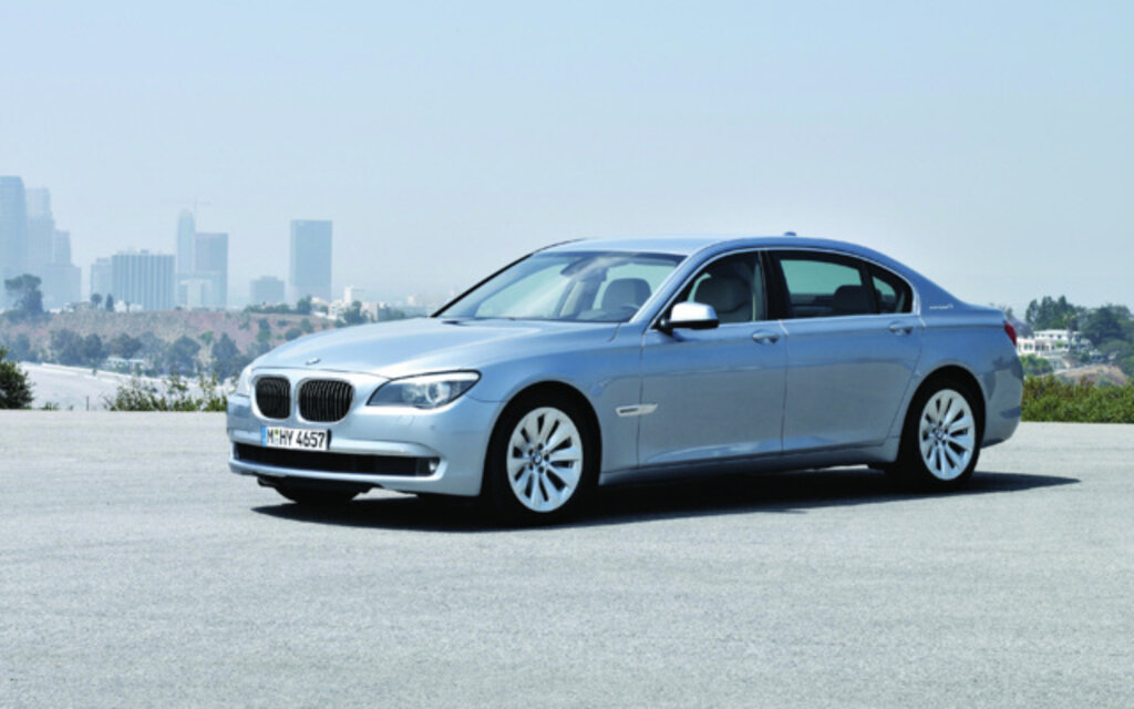 2012 bmw 7 series 760li specifications the car guide. Black Bedroom Furniture Sets. Home Design Ideas