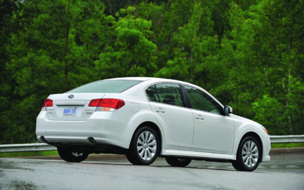 2012 Subaru Legacy 2.5i Specifications - The Car Guide