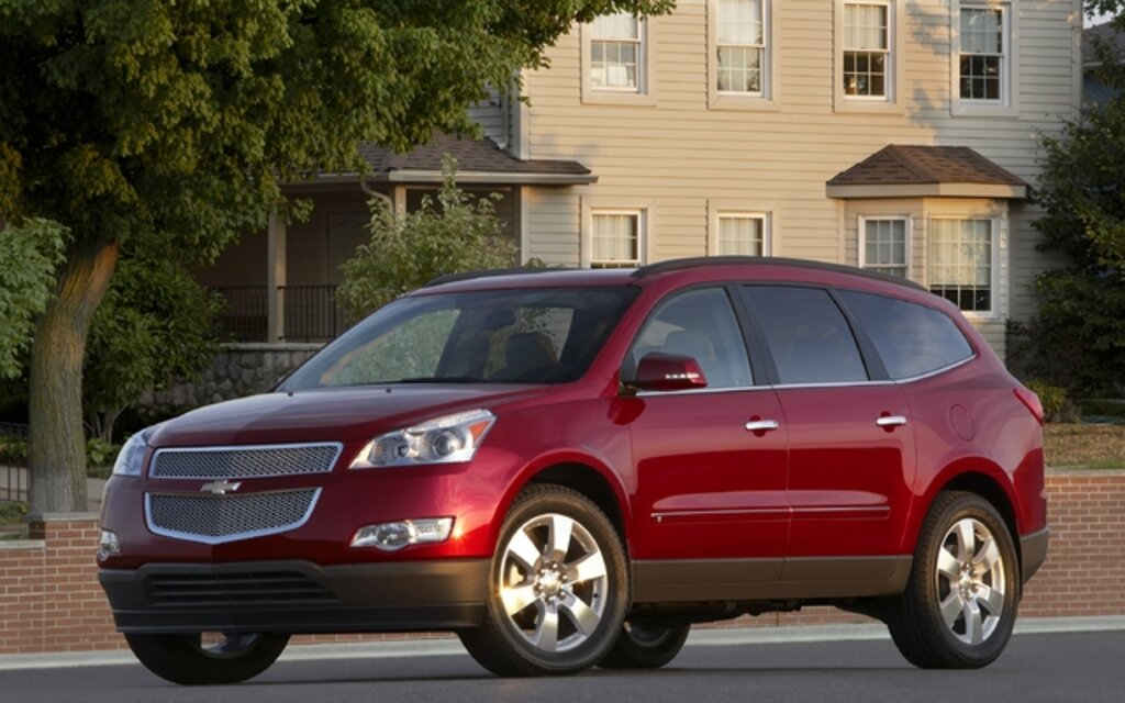 2012 chevrolet traverse news reviews picture galleries and videos the car guide. Black Bedroom Furniture Sets. Home Design Ideas