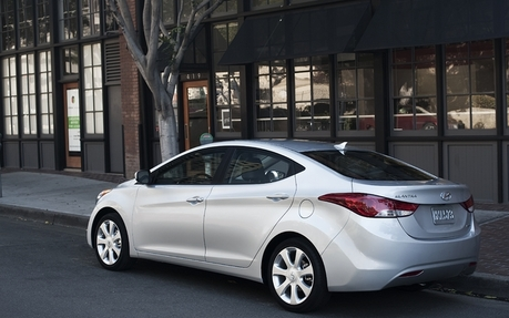 2013 Hyundai Elantra L Sedan   Price, Engine, Full Technical Specifications    The Car Guide / Motoring TV