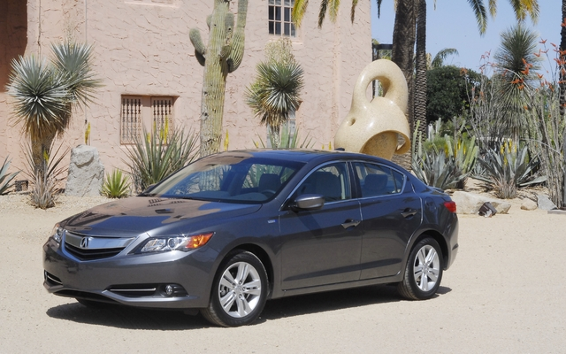 2013 Acura Ilx Dynamic Specifications The Car Guide